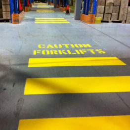 Avoid accidents between pedestrians and forklifts in your facility with PCS